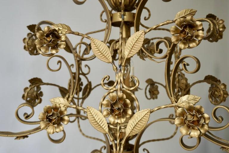 Elegant Italian Chandelier For Sale 2