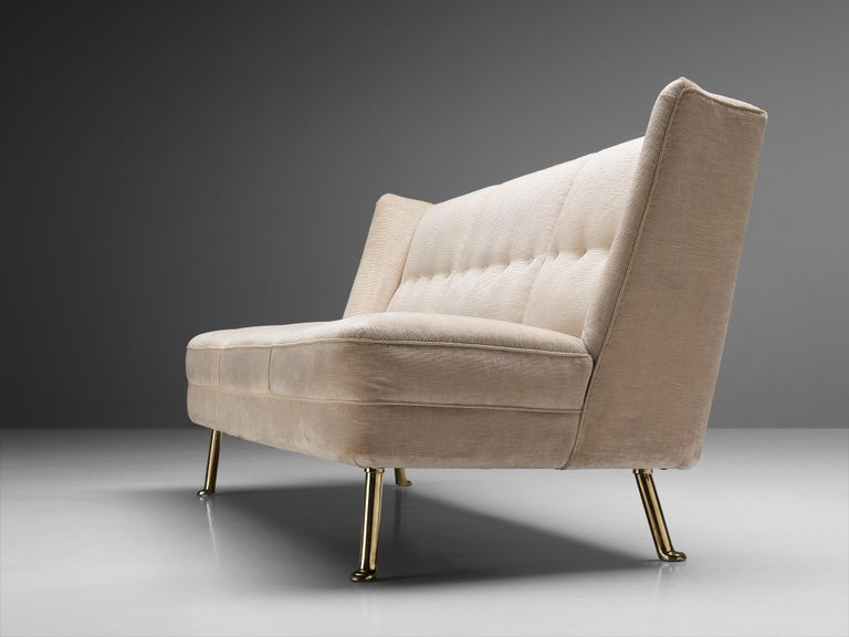 Mid-Century Modern Elegant Italian Three-Seat Sofa in Cream Velvet For Sale