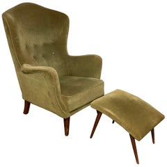Elegant Italien Lounge Chair with Stool