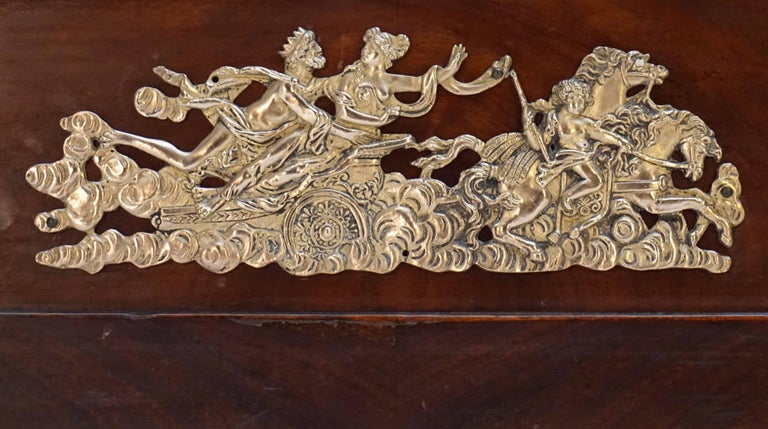 French Elegant Mahogany and Gilt Bronze Empire Mahogany Settee Sofa For Sale