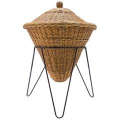 Elegant Mid-Century Modern Wicker Basket on a Metal Tripod Base, Italy, 1960s