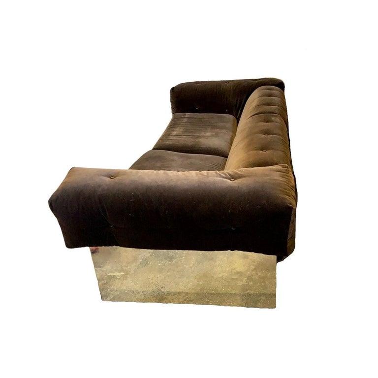Mid-Century Modern Elegant Milo Baughman Button Tufted Chrome Sofa For Sale