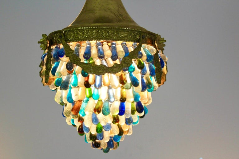 Elegant Neoclassical Murano Glass Acorn Ceiling Light, 1950s In Good Condition For Sale In Voorburg, NL