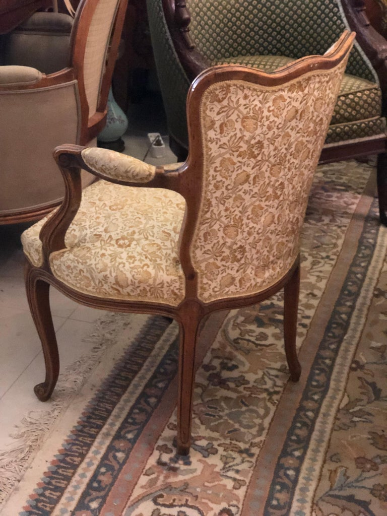 Elegant Pair of Antique French Armchairs in Louis XV Style, circa 1880 In Good Condition For Sale In London, GB