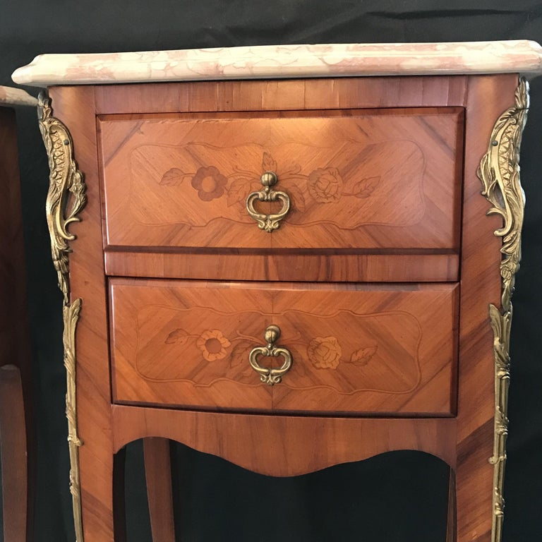 Marquetry Elegant Pair of French Louis XV Marble-Top Nightstands For Sale
