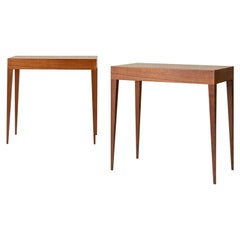 Elegant Pair of Italian Midcentury Tables in the Style of Gio Ponti
