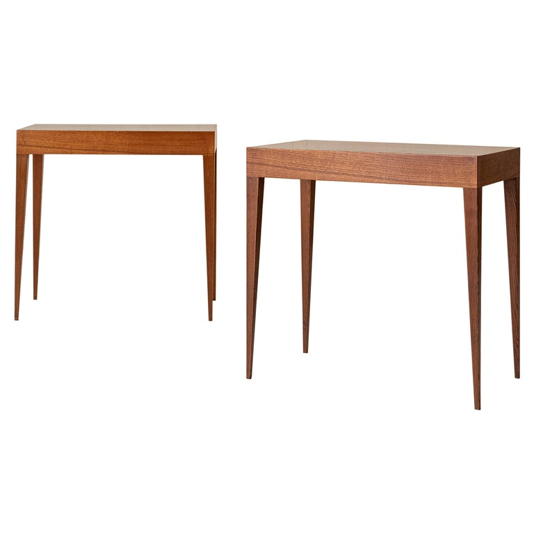 Elegant Pair of Italian Midcentury Tables in the Style of Gio Ponti For Sale