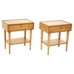 Elegant Pair of Italian Wooden Bedside Tables