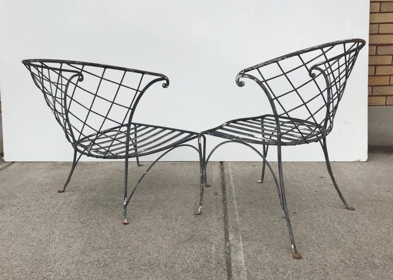 Elegant Pair of Salterini Wrought Iron Outdoor Patio Garden Chairs For Sale 2