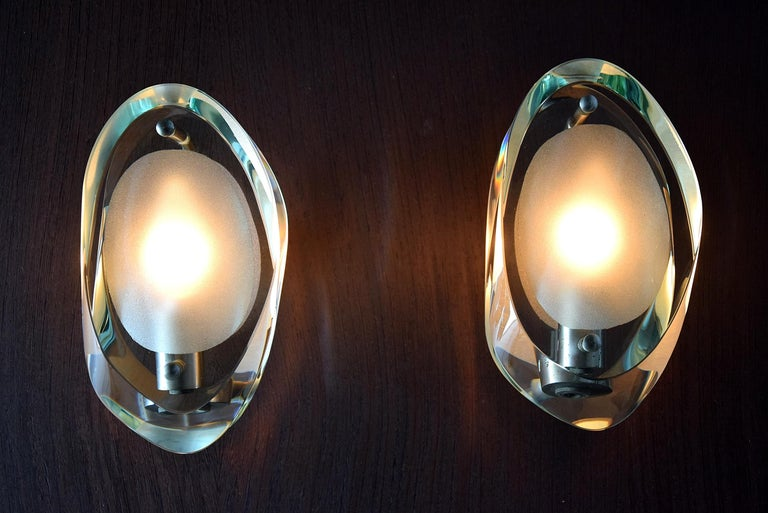 Art Glass Elegant Pair of Sconces by Max Ingrand for Fontana Arte For Sale