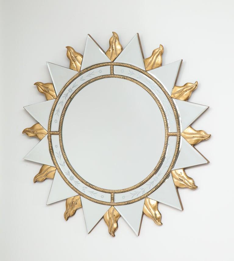 French Elegant Pair of Sunburst Mirrors For Sale