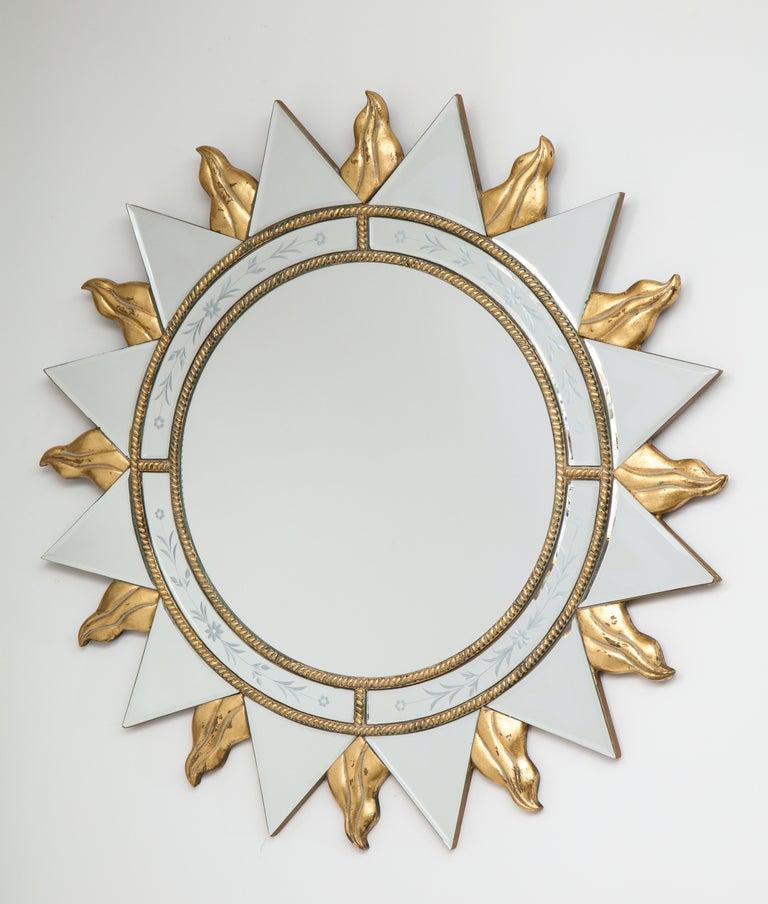 Elegant Pair of Sunburst Mirrors For Sale 4