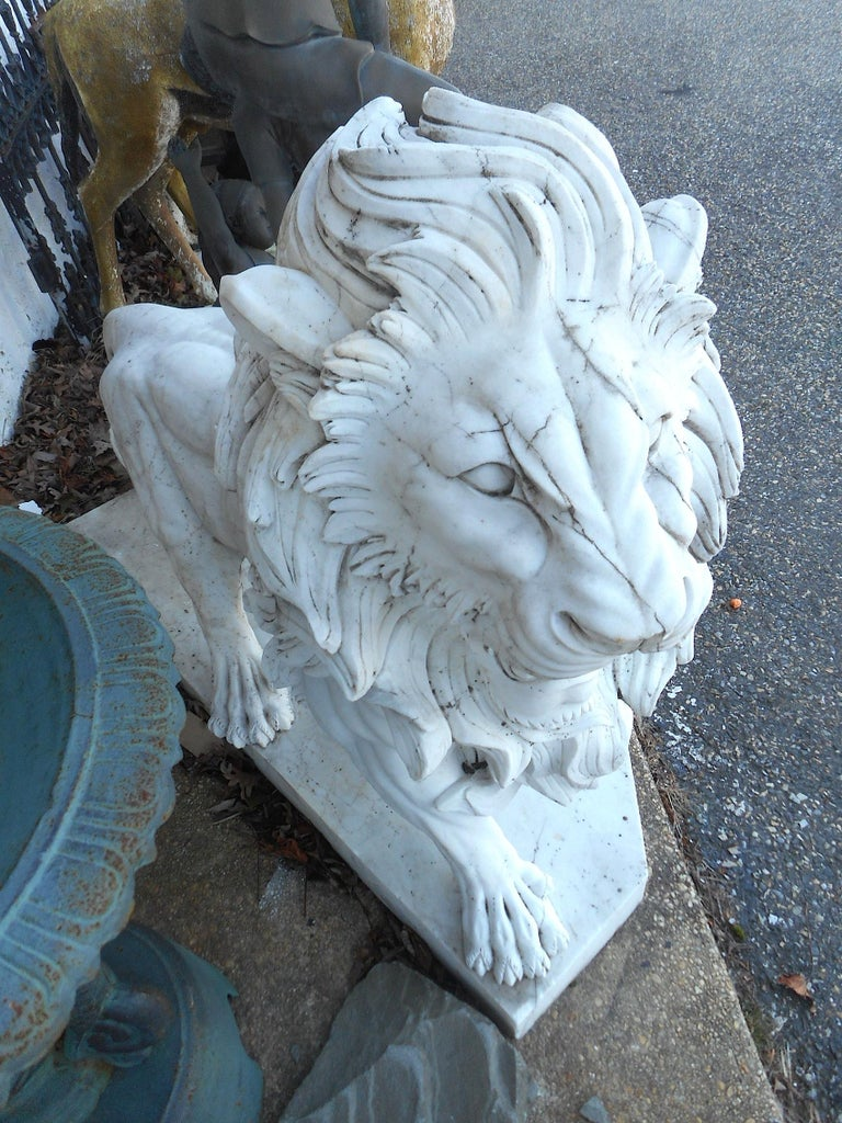 Elegant Pair of White Marble Lion Statues For Sale 5