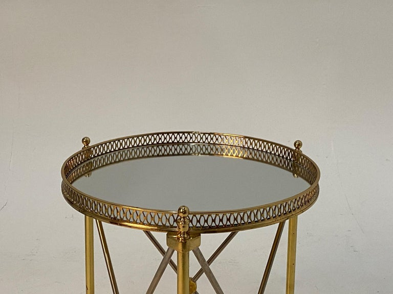 Elegant Polished Steel & Brass Neoclassical Round Martini Table In Good Condition For Sale In Hopewell, NJ