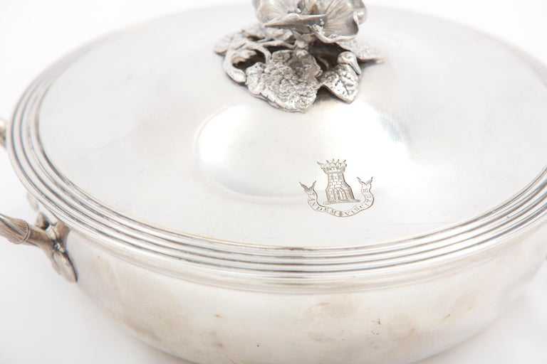 Elegant / Refined French Silver Covered Dish In Fair Condition For Sale In Hudson, NY