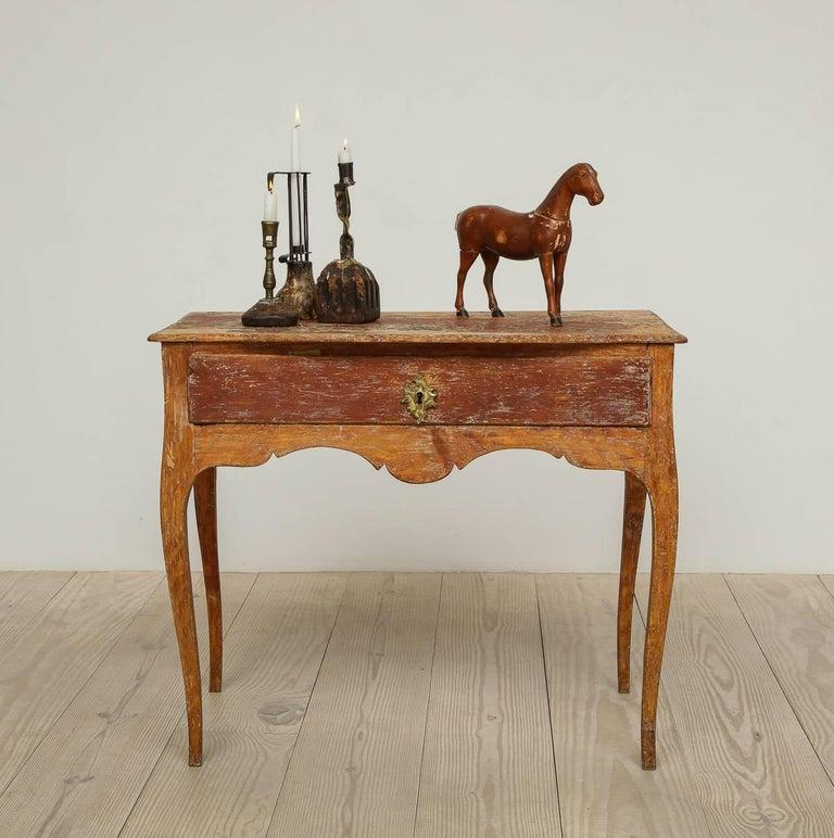 Elegant Rococo Pier Table with Drawer, Origin: Sweden, Circa 1760 For Sale 3