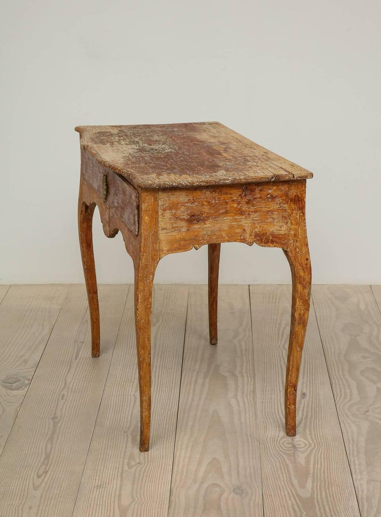 Elegant Rococo Pier Table with Drawer, Origin: Sweden, Circa 1760 In Excellent Condition For Sale In New York, NY