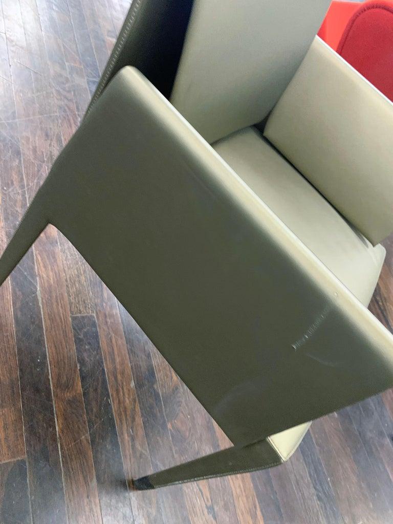 Italian Elegant Set of Four Mari Chairs For Sale