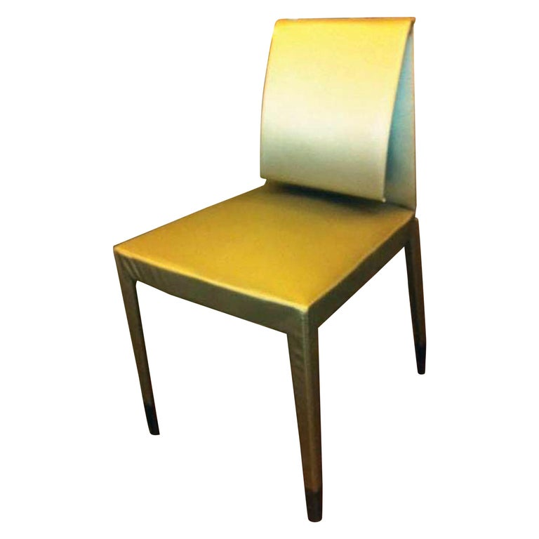 Elegant Set of Four Mari Chairs For Sale
