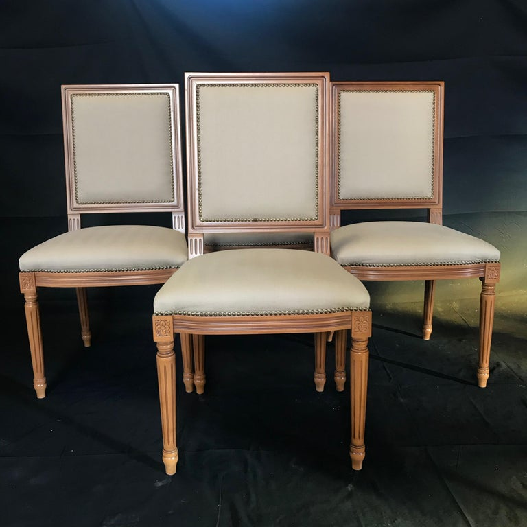 French Elegant Set of Louis XVI Style Walnut and Upholstered Dining Chairs For Sale