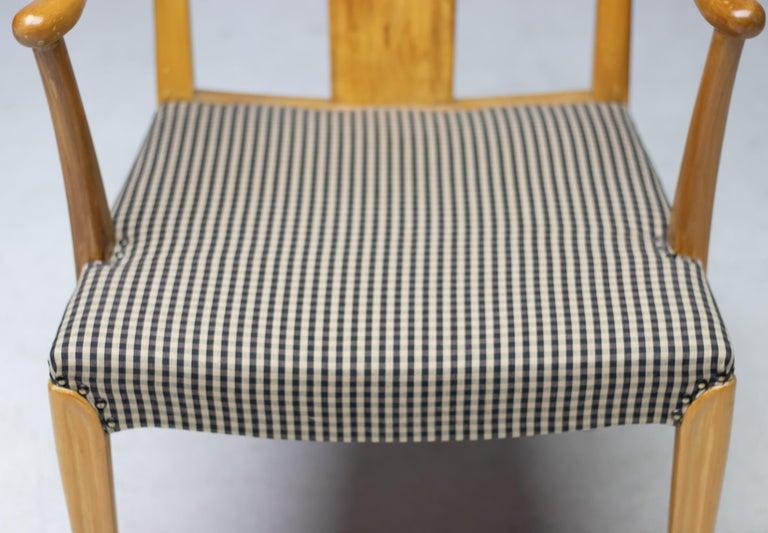 Mid-20th Century Elegant Set of Nordiska Kompaniet Dining Chairs For Sale