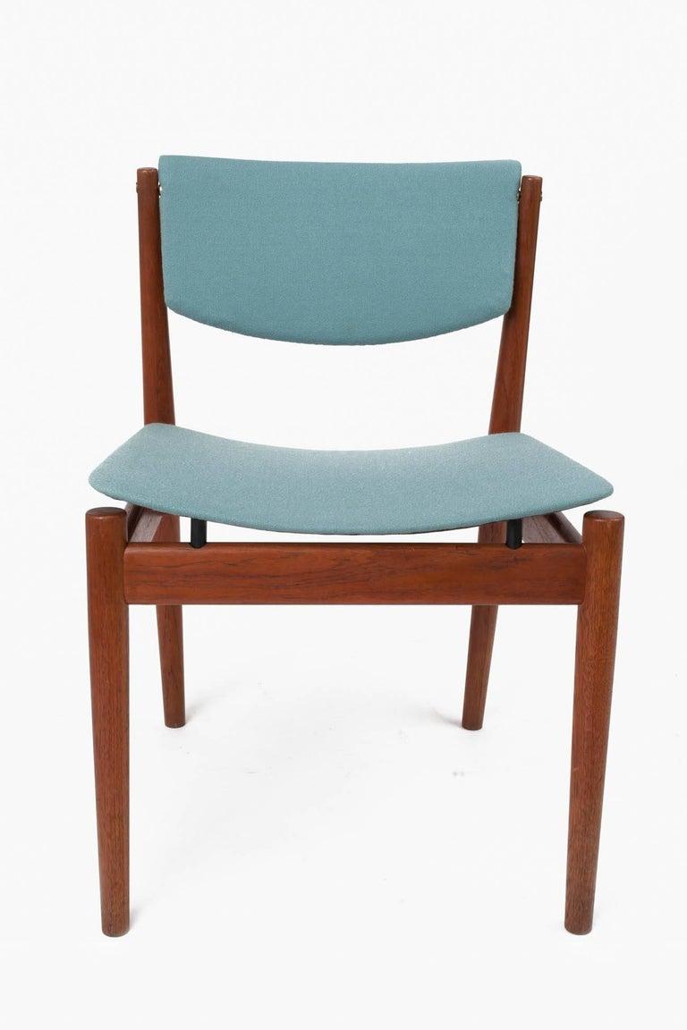 Finn Juhl Set of Six Scandinavian Modern Teak Dining Chairs, Denmark 1960's For Sale 4