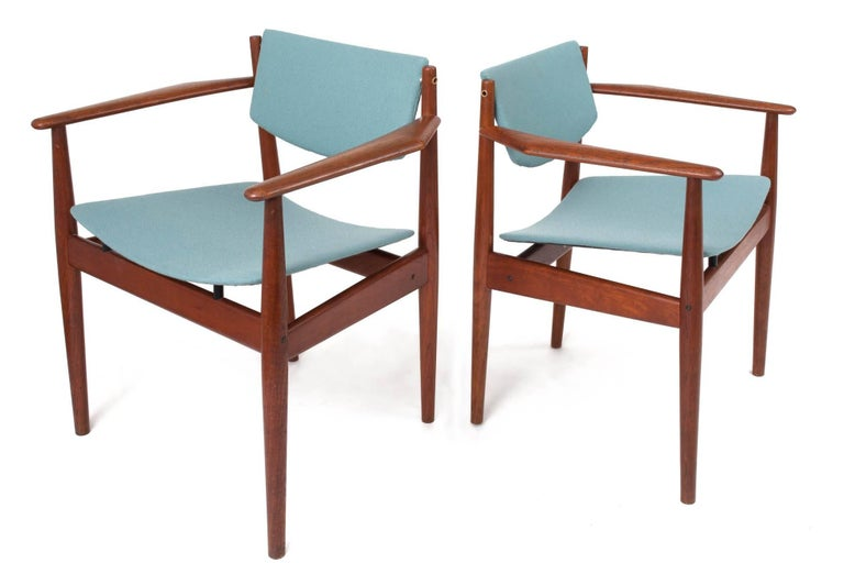 Finn Juhl Set of Six Scandinavian Modern Teak Dining Chairs, Denmark 1960's In Excellent Condition For Sale In New York, NY