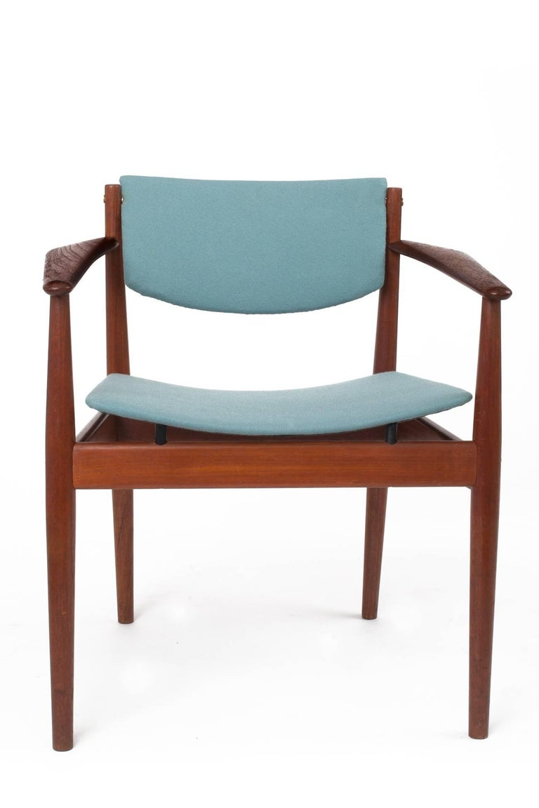 Finn Juhl Set of Six Scandinavian Modern Teak Dining Chairs, Denmark 1960's For Sale 1