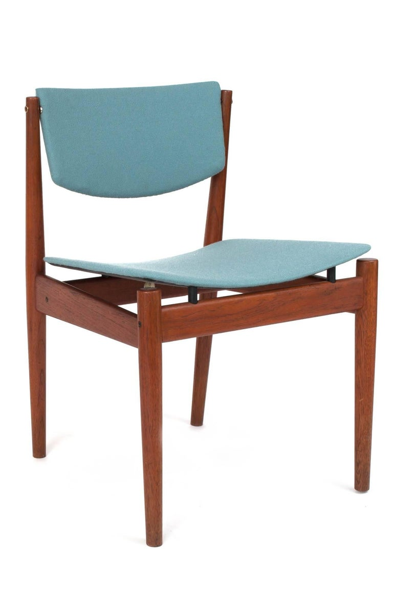Finn Juhl Set of Six Scandinavian Modern Teak Dining Chairs, Denmark 1960's For Sale 2