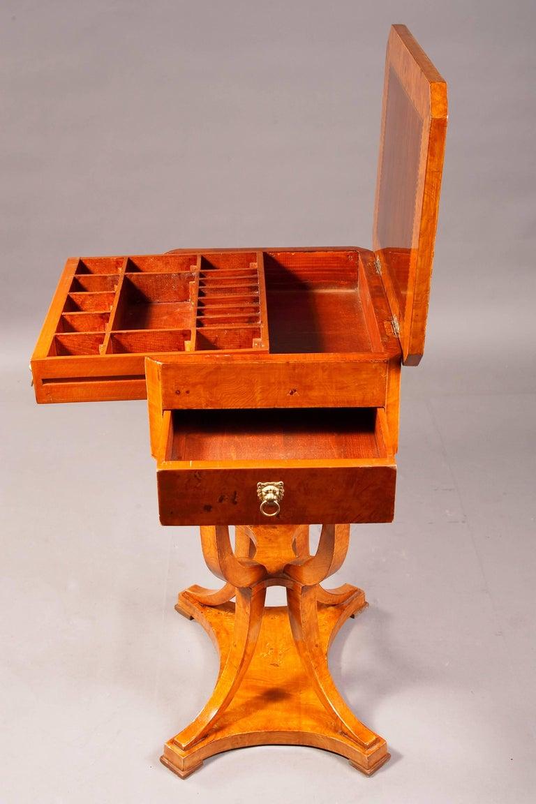 Elegant Sewing Table in Biedermeier Style For Sale 1