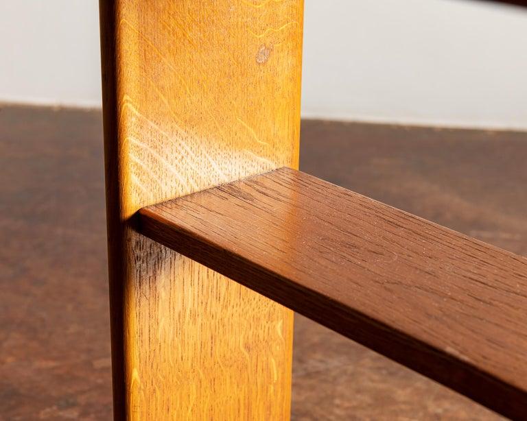 Elegant Side Table in Oak by Fritz Hansen, Denmark, 1940s 4