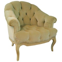 Elegant tufted velvet Club chair