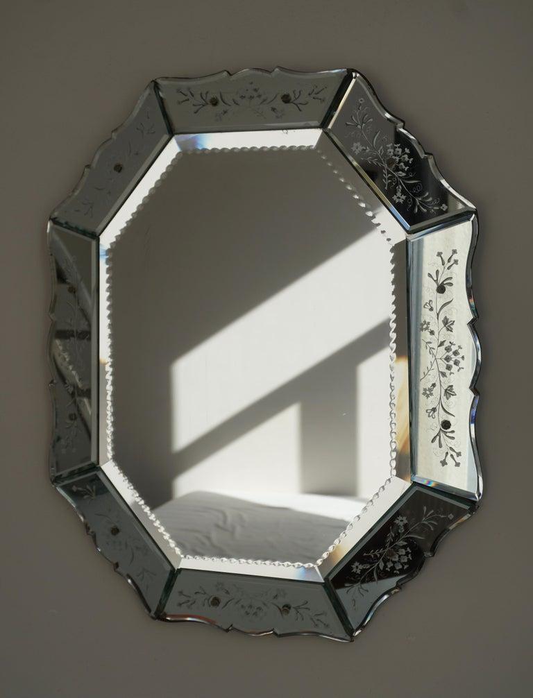 Elegant Venetian mirror, Italy, circa 1970s.