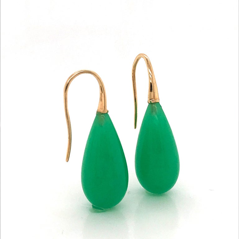 Elegant Yellow Gold and Jade Drop Earrings 18 Karat 5