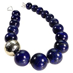 17 Inch elegantly Stunning Lapis Lazuli Collar with Pure Silver Focal