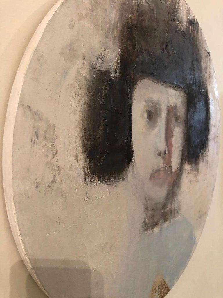 SAFFO - circular contemporary portrait oil on canvas  For Sale 1