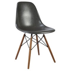 Elephant Grey Vitra Eames DSW Fiberglass Dining Side Shell Chair