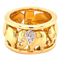 Elephant Ring in 18 Karat Yellow Gold with Diamonds