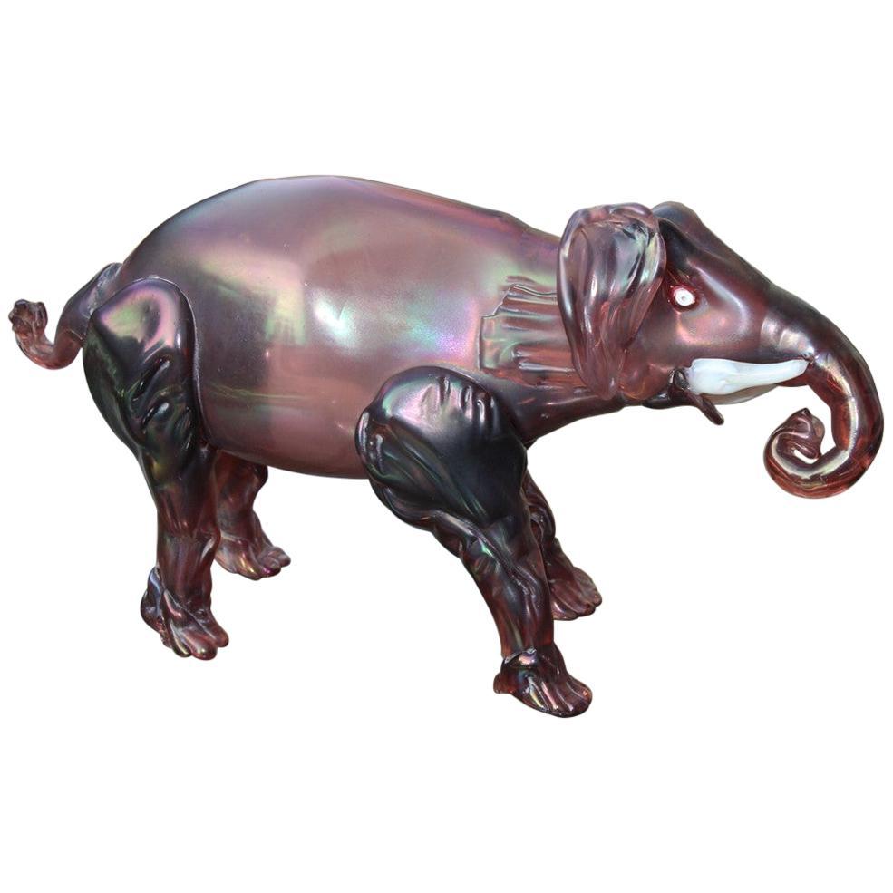 Elephant the 1930s in Murano Glass Italy Purple Design Iridescent MVM Cappelin