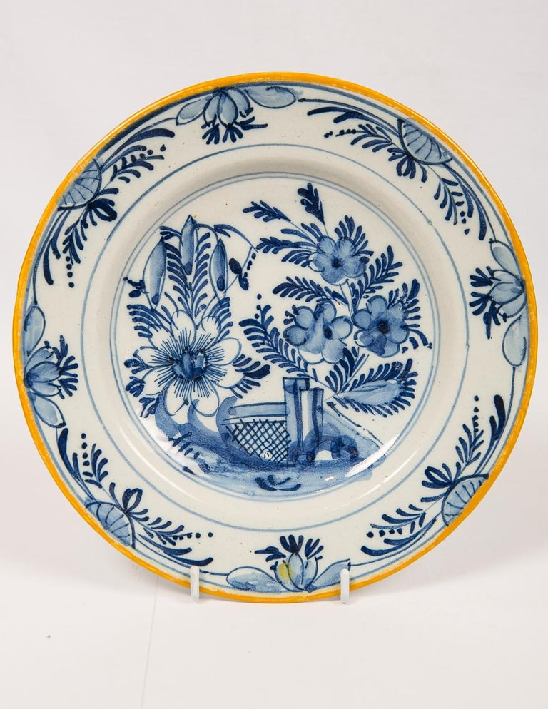 Eleven Blue and White Delft Dishes Hand Painted 18th Century Antique For Sale 7