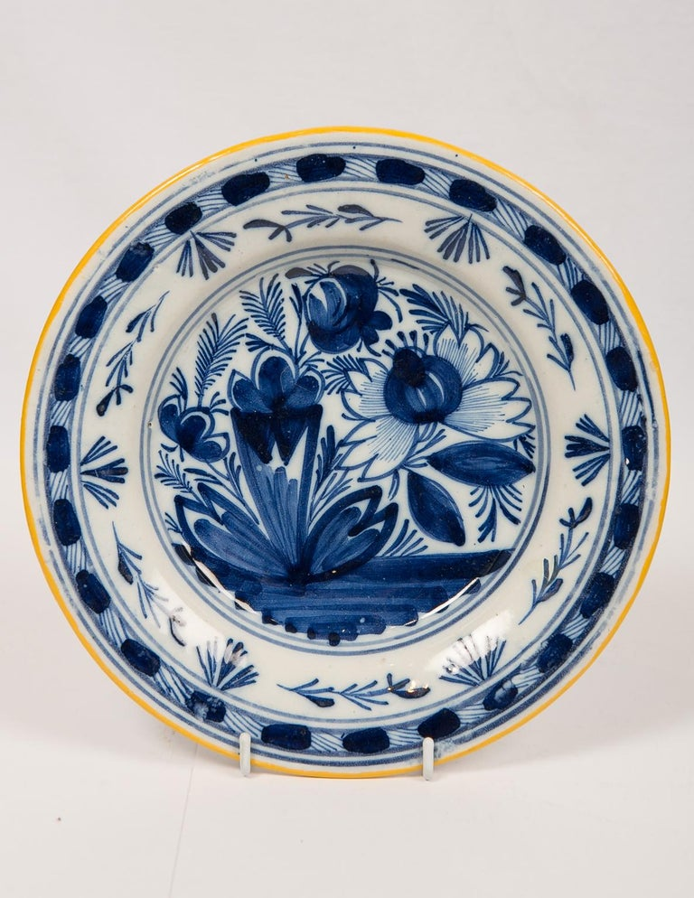 Eleven Blue and White Delft Dishes Hand Painted 18th Century Antique For Sale 2