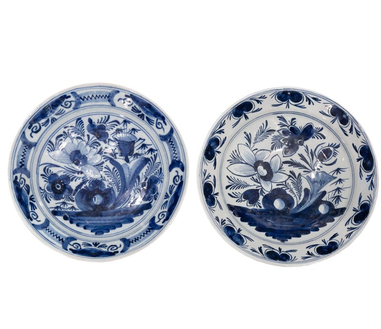 Eleven Large Blue and White Delft Chargers Antique Made Late 18th Century For Sale 10