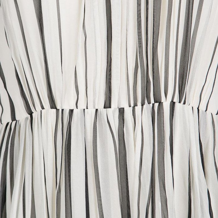 Elie Saab Monochrome Striped Silk Floral Print Halter Maxi Dress S In Good Condition For Sale In Dubai, Al Qouz 2