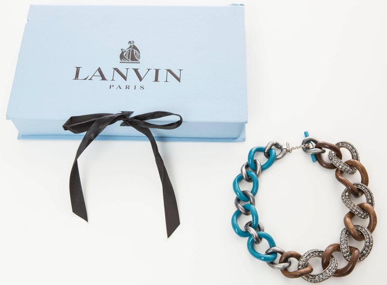 Women's Elie Top for Lanvin Gunmetal Wood & Blue Enamel Chain Link Necklace For Sale