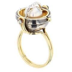 Elie Top Mécaniques Célestes Bague Sphère or Perle D'Akoya Et Diamants