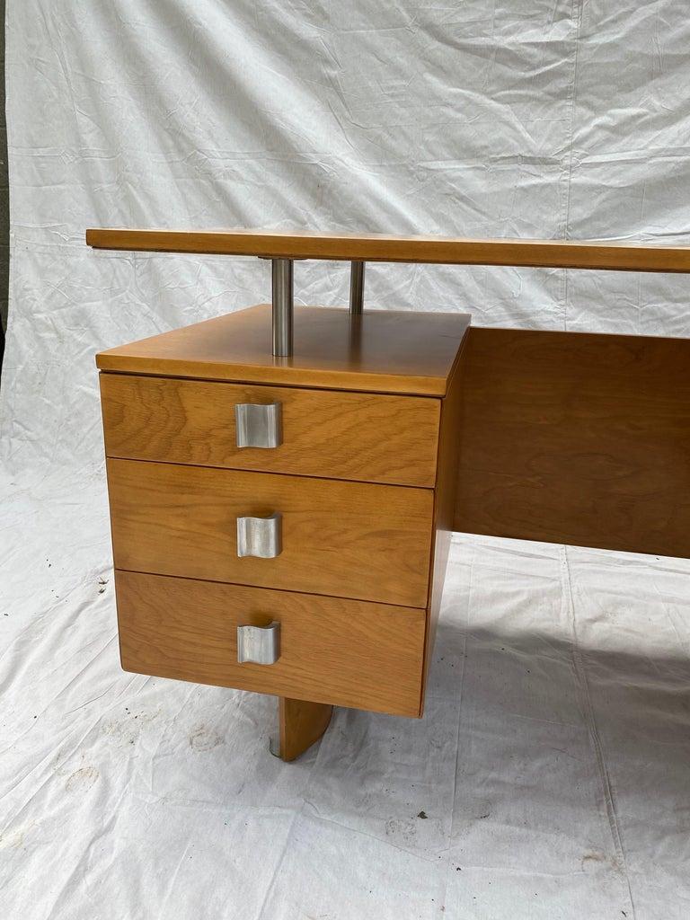 Mid-Century Modern Eliel Saarinen for Johnson Furniture Executive Desk For Sale