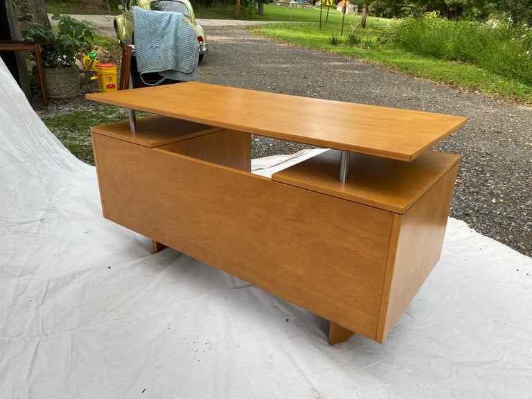 Mid-20th Century Eliel Saarinen for Johnson Furniture Executive Desk For Sale