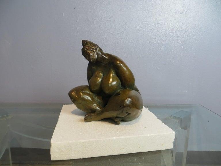 Belle en Songe  - Contemporary Sculpture by Elisabeth Cibot