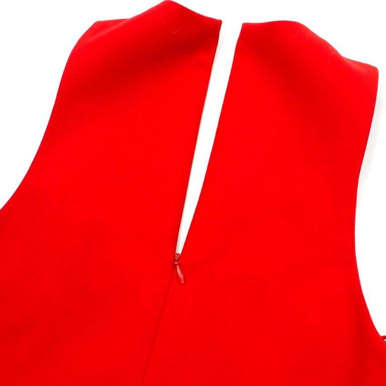 Elizabeth and James Red Asymmetric Sheath Midi Dress US 4 For Sale 3