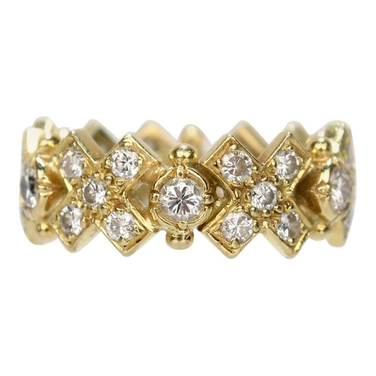 Elizabeth Gage 18 Karat Gold and Diamond Hugs and Kisses Band Ring For Sale